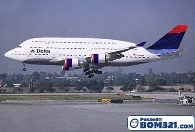 Kapal Terbang Dengan Reka Bentuk Yang Menarik