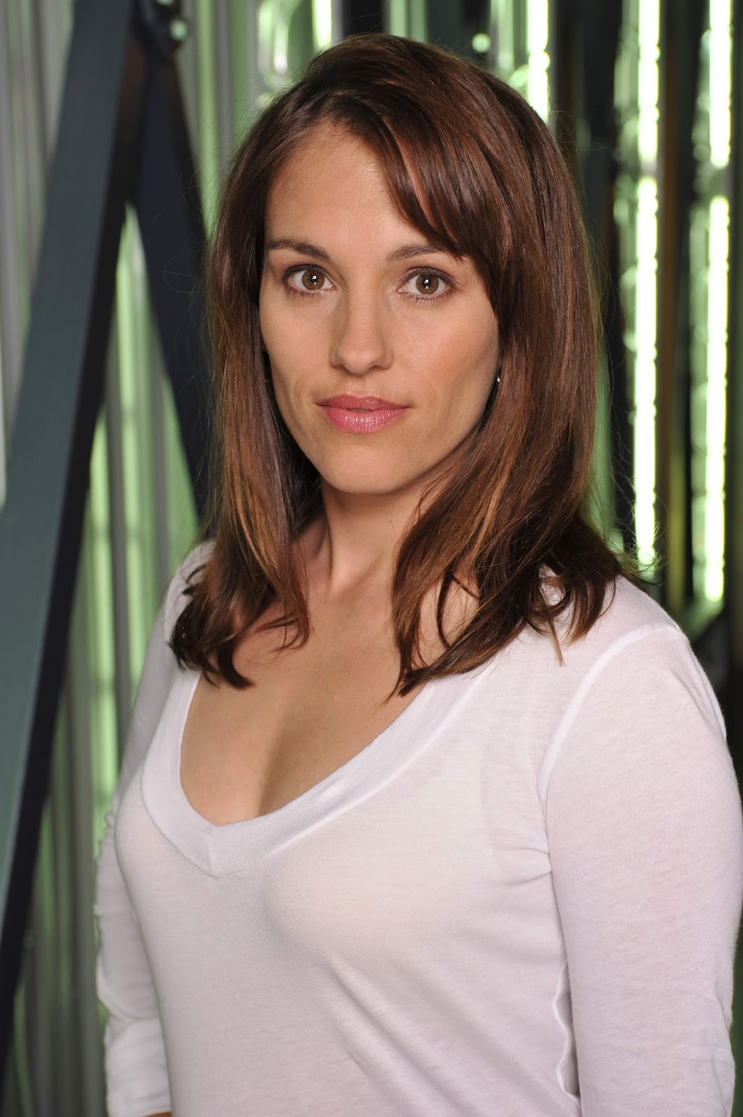 Hot amy jo johnson has one