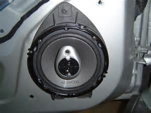 Cara Menginstall Speaker Mobil