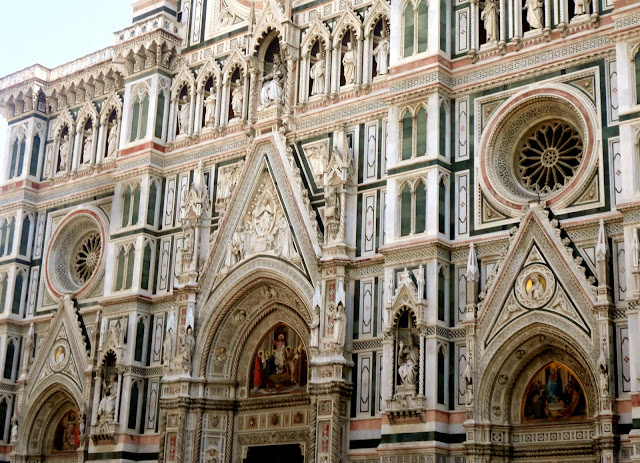 Details on the exterior of the Cathedral of Santa Maria del Fiore in the Piazza del Duomo, Florence, Italy