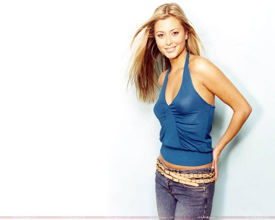 Holly Valance Latest Wallpaper