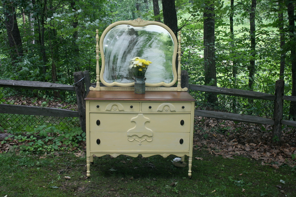 130 Antique Dresser And Mirror In Yellow
