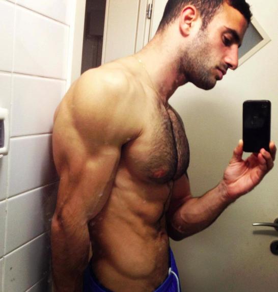 Hot men in their pants.: Beautiful Men