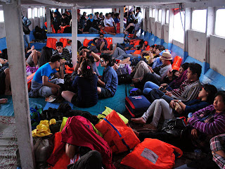 paket pulau tidung kapal feri tradisional
