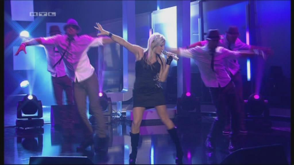 Live performance music videos cascada evacuate the for 1 2 3 4 dance floor