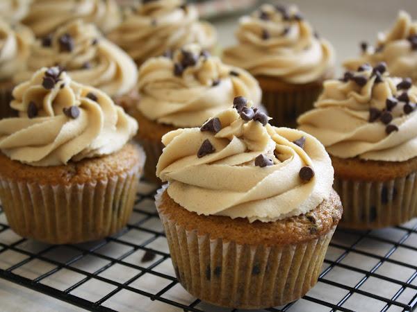 Cupcake Love - Cookie Cupcakes