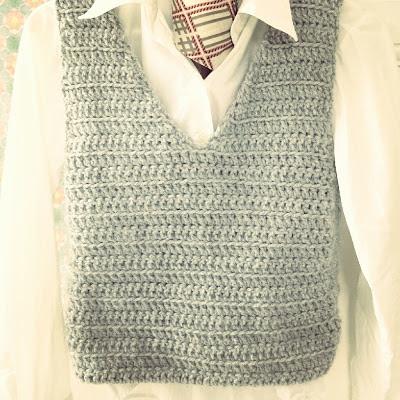ByHaafner, crochet, grey vest, crocheted waistcoat,