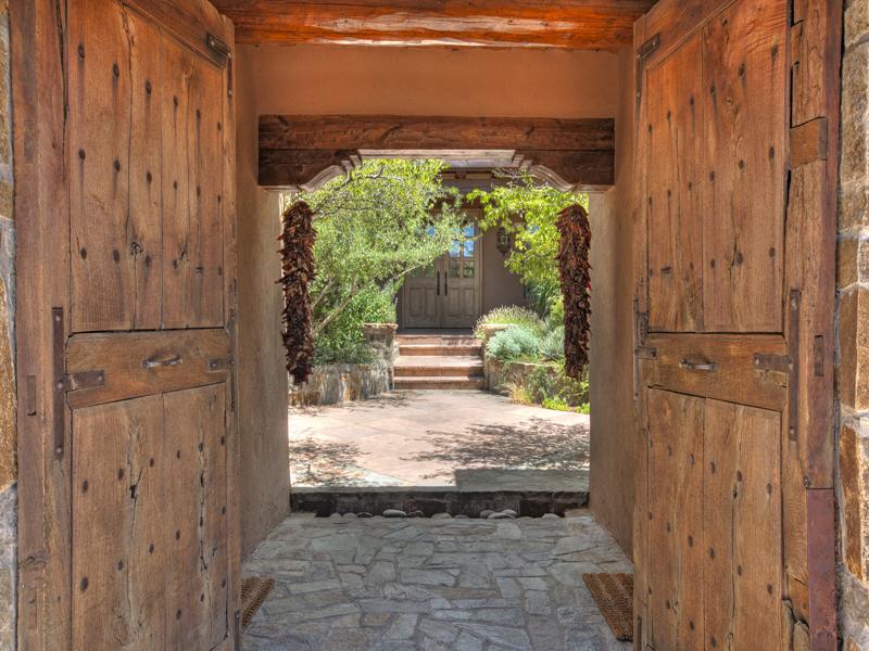 Estilo rustico entradas y accesos rusticos ii for Entradas de casas rusticas