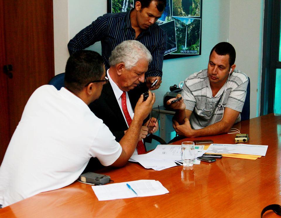 Prefeito Itamar Barreto e rádios locais