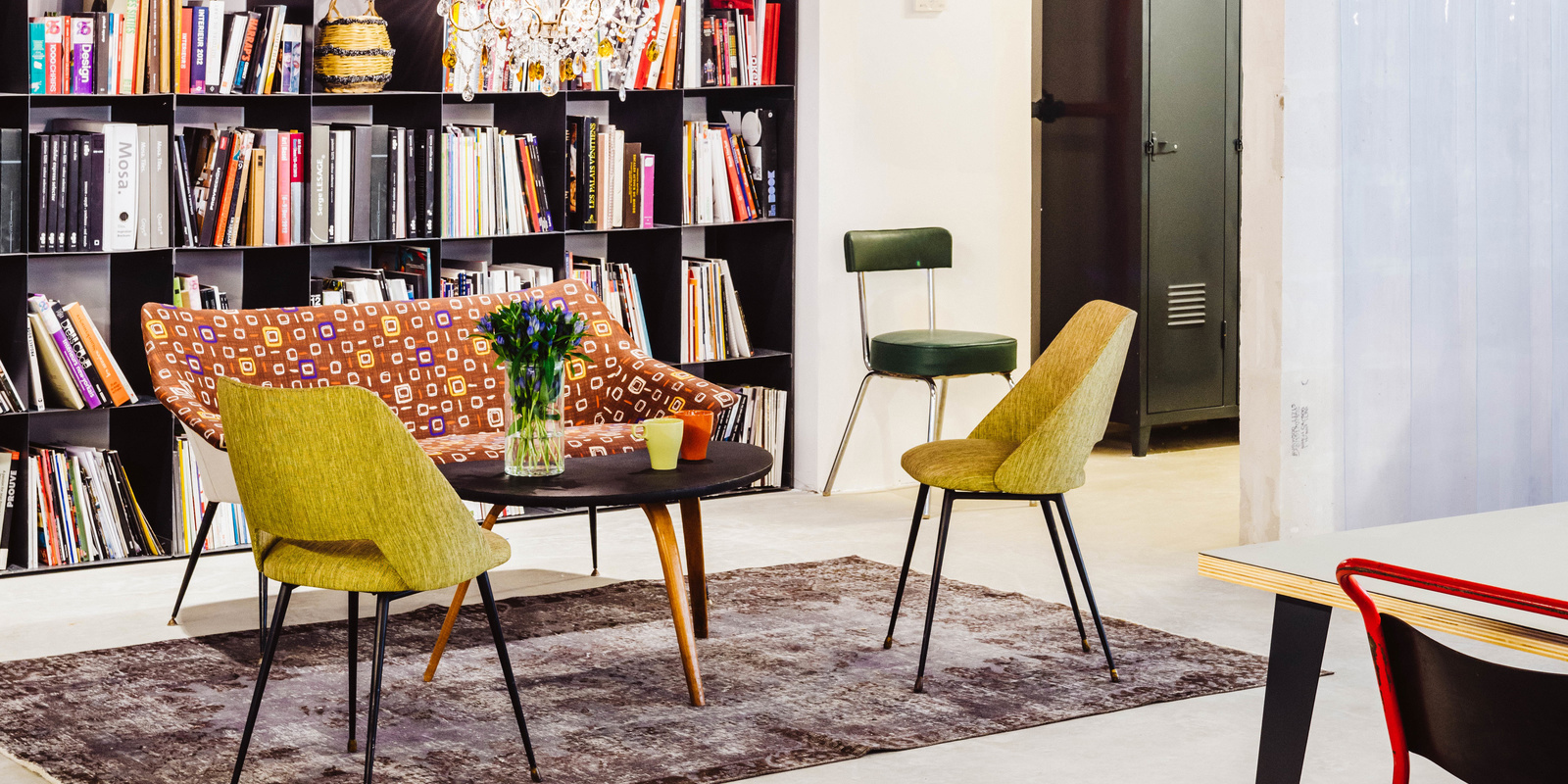atelier rue verte le blog paris le garage central des bureaux diff rents. Black Bedroom Furniture Sets. Home Design Ideas