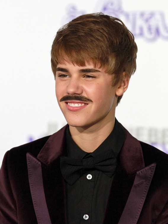 Does the Mustache suits him Justin Bieber Mustache