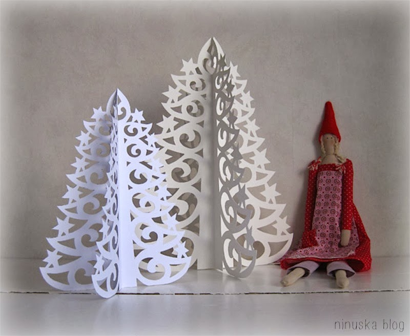 DIY Paper Christmas Tree with Printable Template - DIY