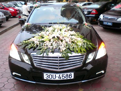 Thuê xe cưới Mercedes E300 tại Hà Nội