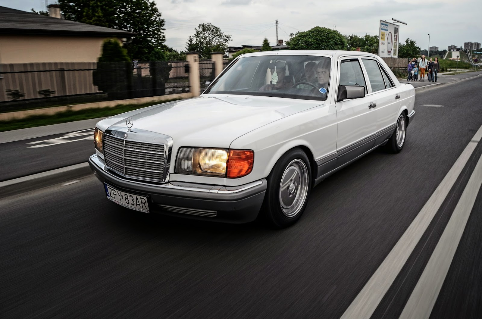 Mercedes benz w126 lorinser benztuning for Mercedes benz lorinser