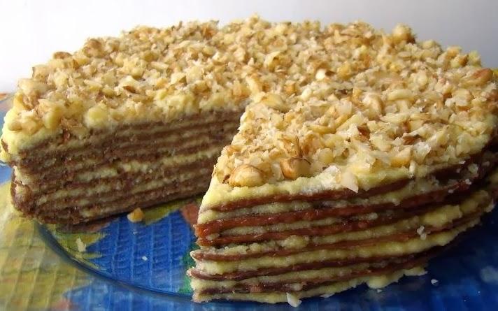 Вегетарианский слоеный бананово - ореховый торт