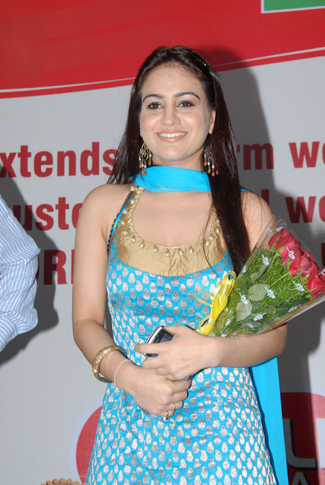 aksha at pch bumper draw event, aksha latest photos