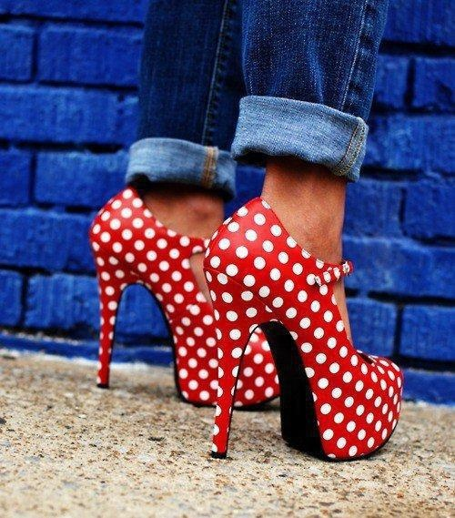 Vía Pinterest  por It´s so en Zapatos