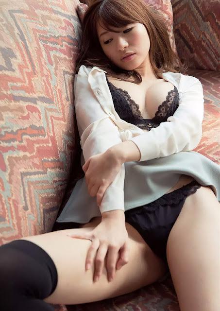 Hatsumi Saki 初美沙希 Photos 12
