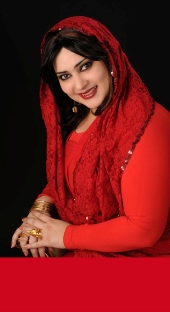 جديد العرب: ملكة جمال عراقية تتناول الخمور في حفلة صاخبة