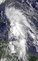 Tropensturm RAFAEL bearbeitet die Kleinen Antillen und Puerto Rico - keine direkte Gefahr für Dominikanische Republik, Rafael, Sturmwarnung, Satellitenbild Satellitenbilder, Vorhersage Forecast Prognose, Dominikanische Republik, Puerto Rico, Kleine Antillen, aktuell, Karibik, Atlantische Hurrikansaison, Hurrikansaison 2012, Oktober, 2012,