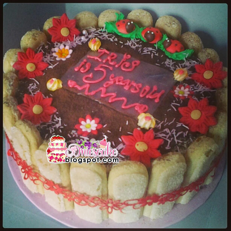 Tiramisu Birth Cake
