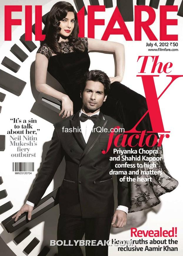 Priyanka and shahid look  very sophisticated yet daring in this shot - (3) -  Shahid Kapoor & Priyanka Chopra's Filmfare – July 2012