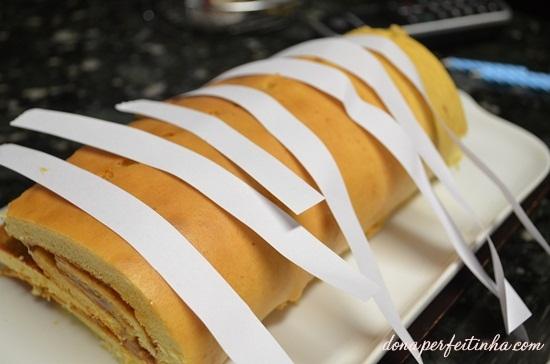 Uma ideia rápida para decorar bolos, tortas doces, rocamboles