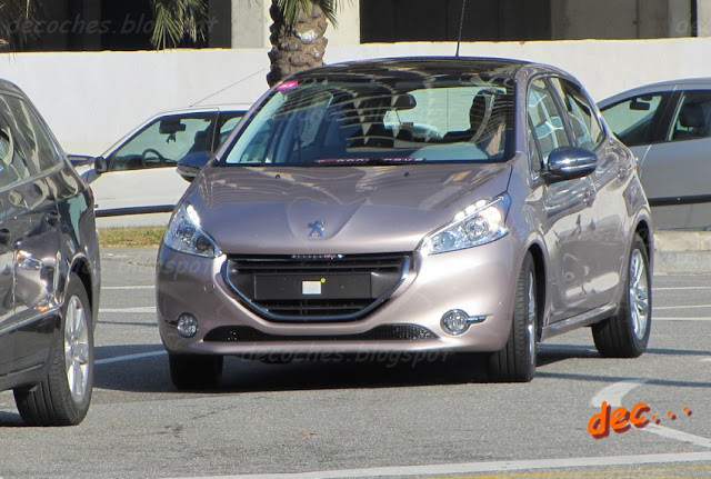 2012 - [Peugeot] 208 - berline [A90/1] 20813