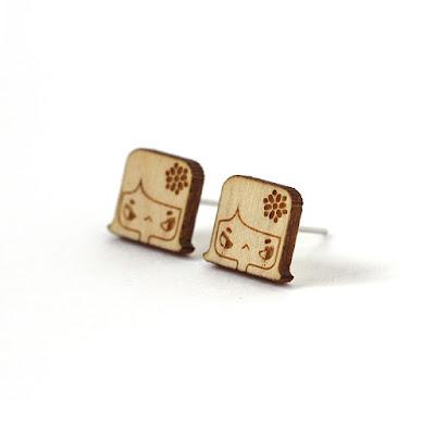 http://www.lesfollesmarquises.com/product/clous-d-oreilles-lily