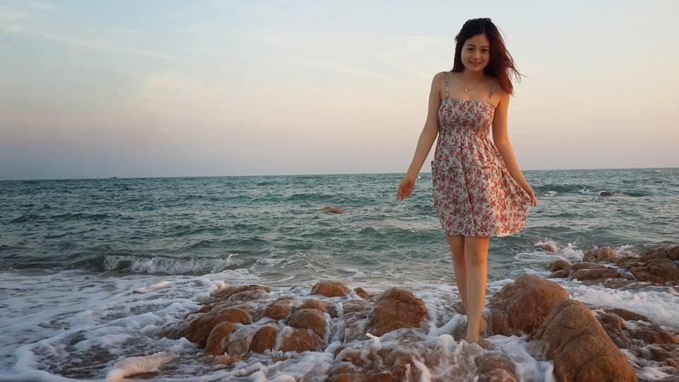 Người đẹp Châu Dương đi tắm biển 3
