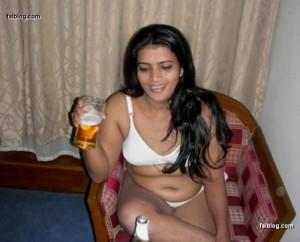 SRILANKA HOT SEXY ACTRESS ACTORS AND MODELS PHOTOS : Srilankan hot Bra ...