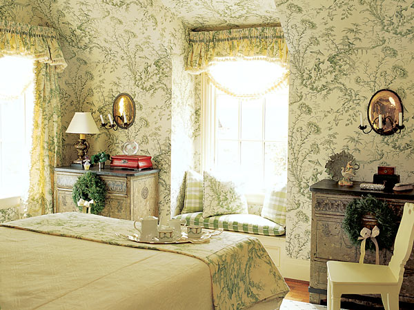 Bedroom Decorating Ideas Totally Toile: Southern Accents Showhouses