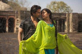 Teri Meri Kahaani (2012) Movie Stills Posters Priyanka CHopra Shahid Kapoor