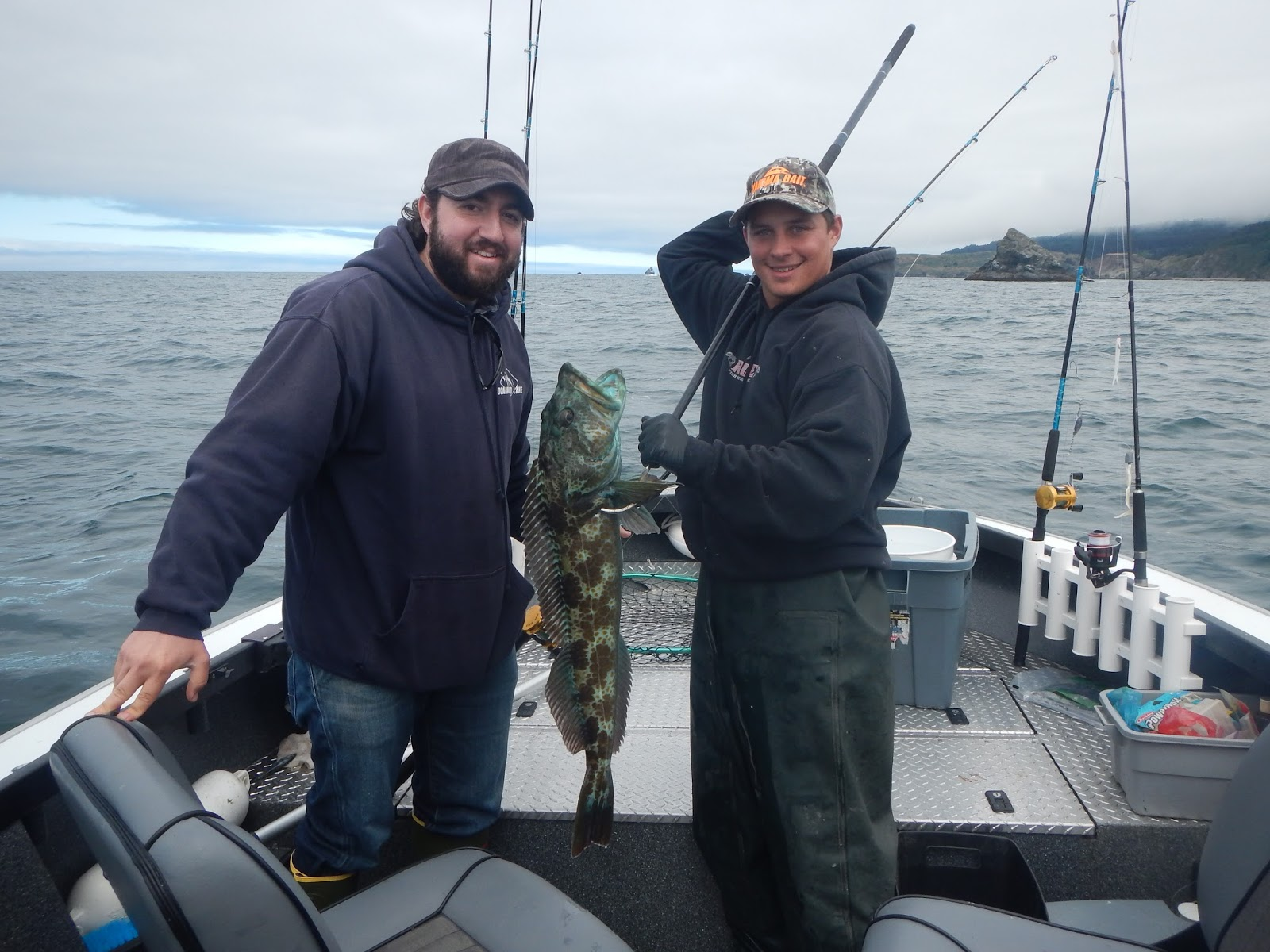 Brookings oregon fishing charters brookings ocean for Fishing report oregon