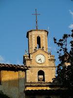 Detall del campanar de l'església d'Arbúcies