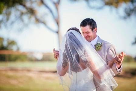 Leslie & Ryan, first look, Texas Ranch Wedding