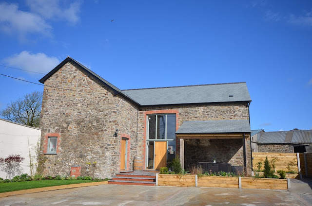 Devon Hot Tub Cottage Self Catering Barn Conversion