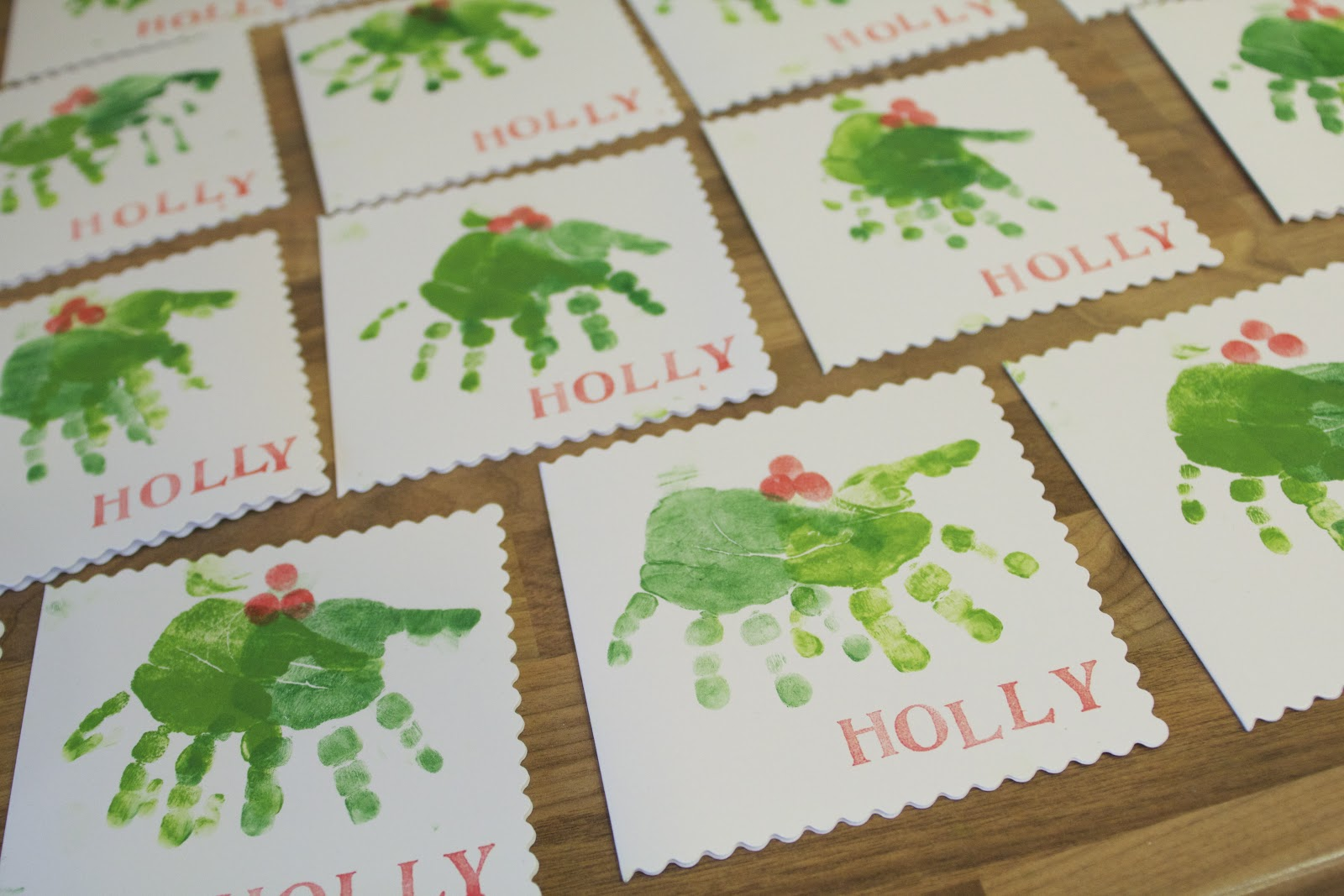 Christmas Cards Ideas For Children To Make Part - 50: Homemade Christmas Card Handprint Tutorial.