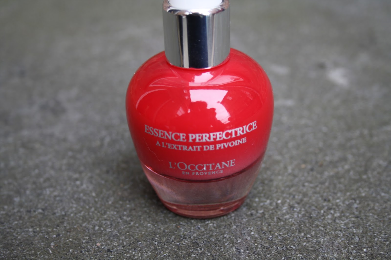Essence Perfectrice Skin Perfector by L'Occitane