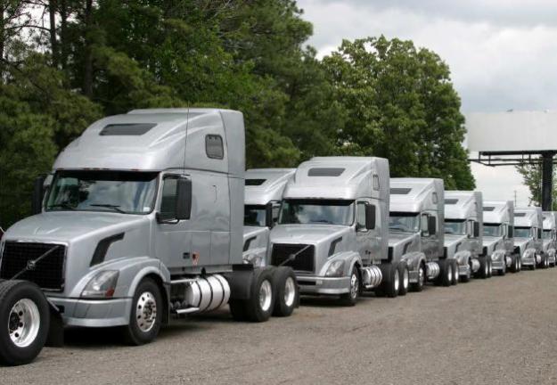 videos de camiones volvo nh12 caravana
