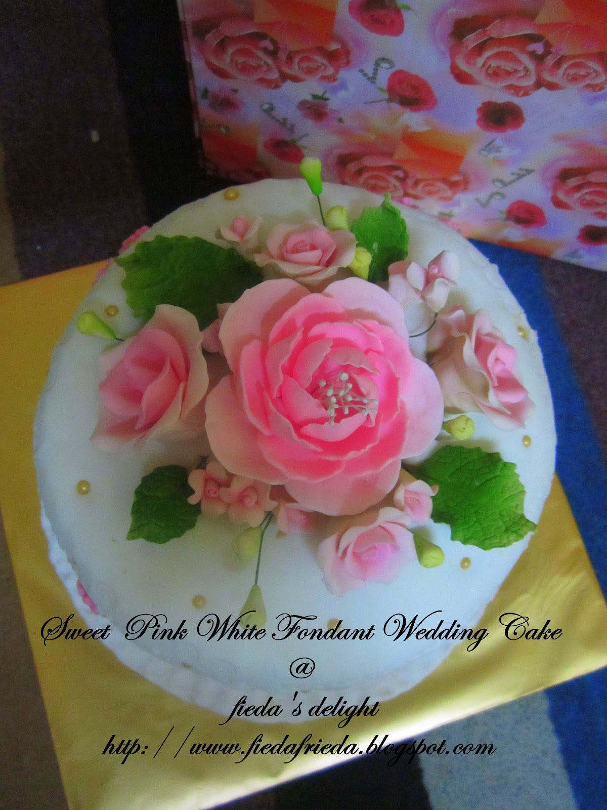 CooKiNG wITh LoVe Sweet Pink White Fondant Wedding