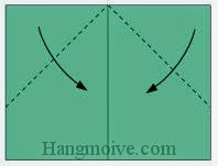 Bước 4: Gấp chéo hai góc tờ giấy xuống phía dưới.
