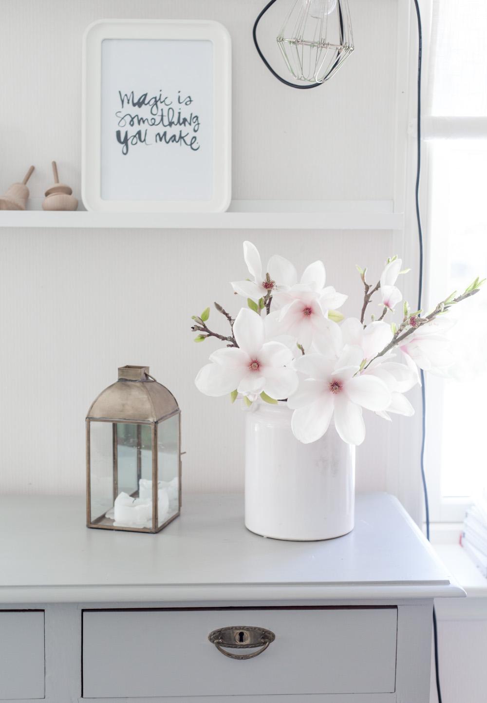 inspiración decorar con flores http://www.hommum.com/2014/05/inspiracion-decorar-con-flores.html