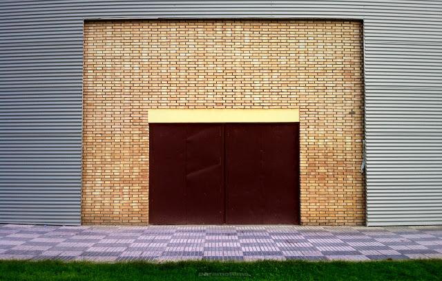 Puerta enmarcada, 2012 (cc) Abbé Nozal