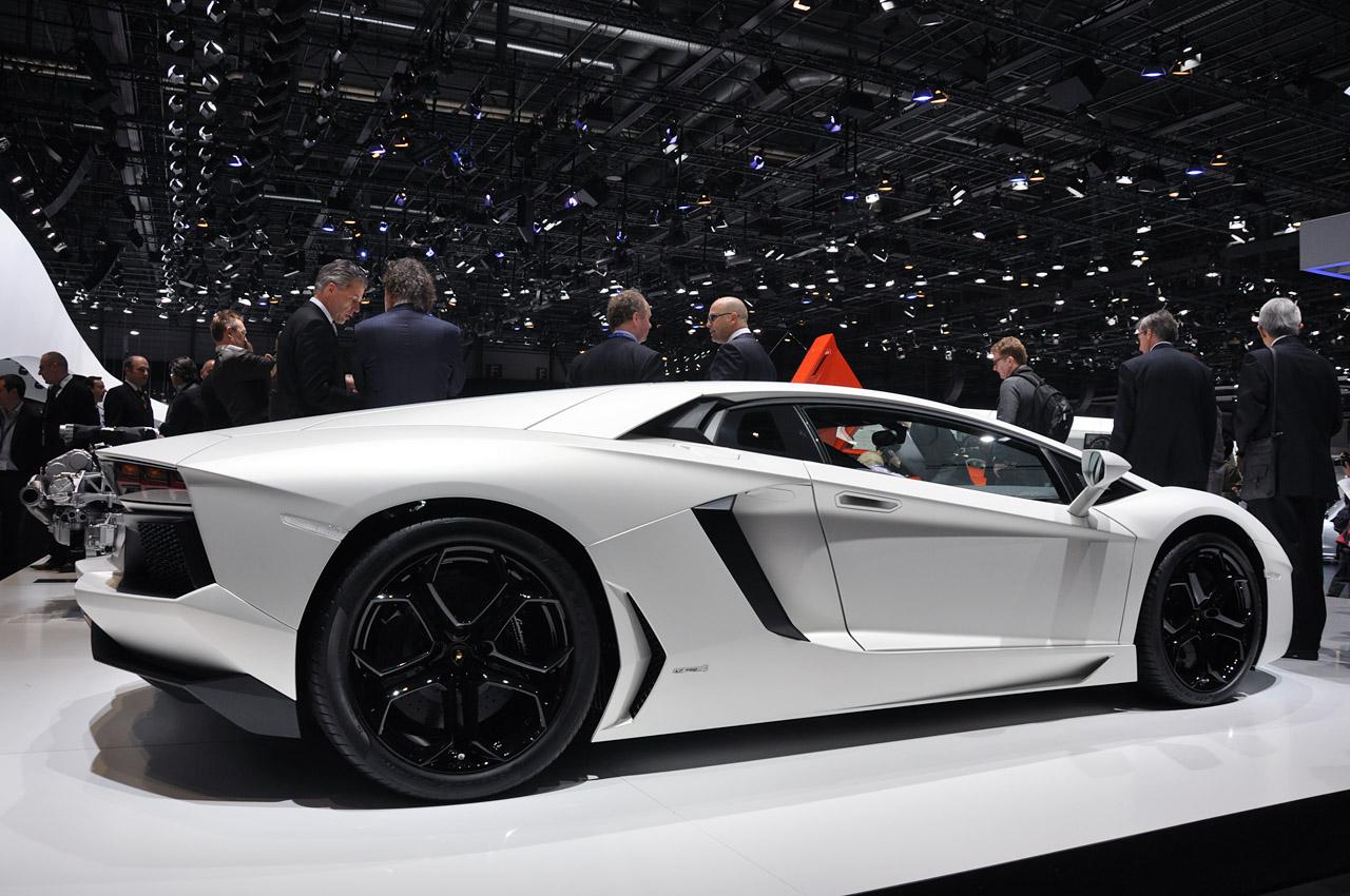Lamborghini Aventador Lp700 4 Car Wallpaper