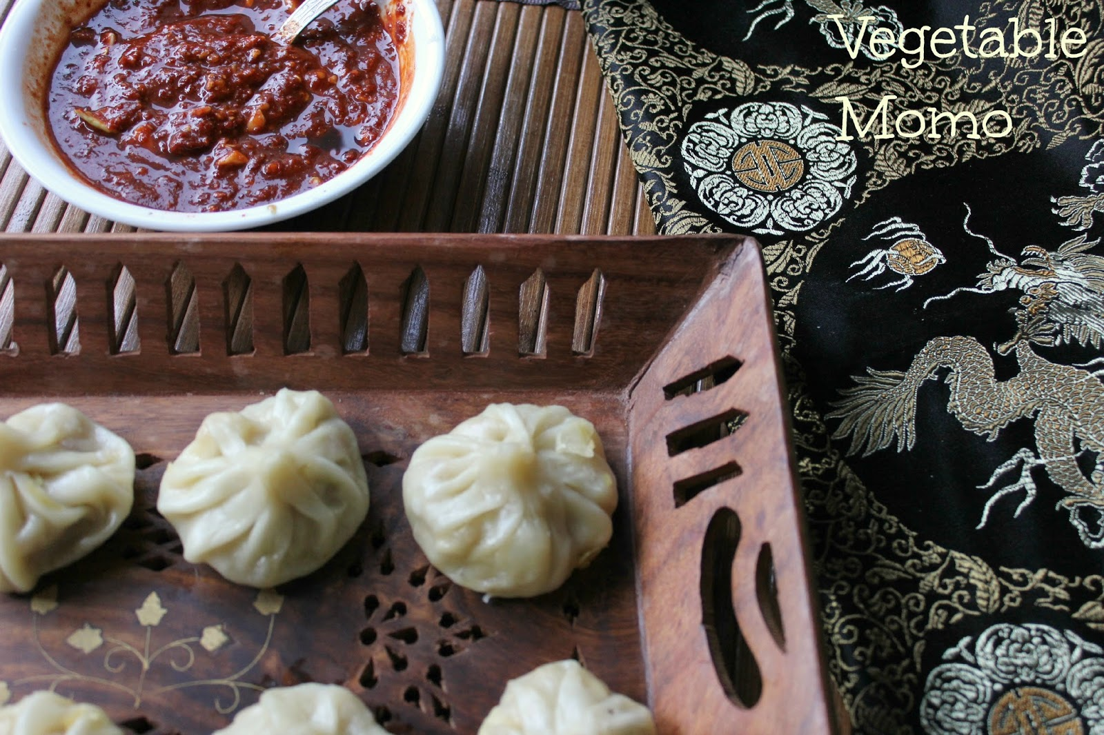 vegetable momo and red chilli dip