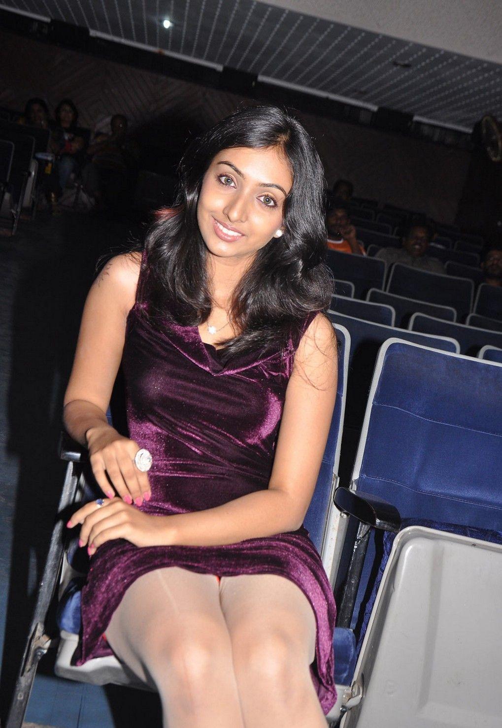 Vavwal Pasanga Movie Team Interview Anikha Hot