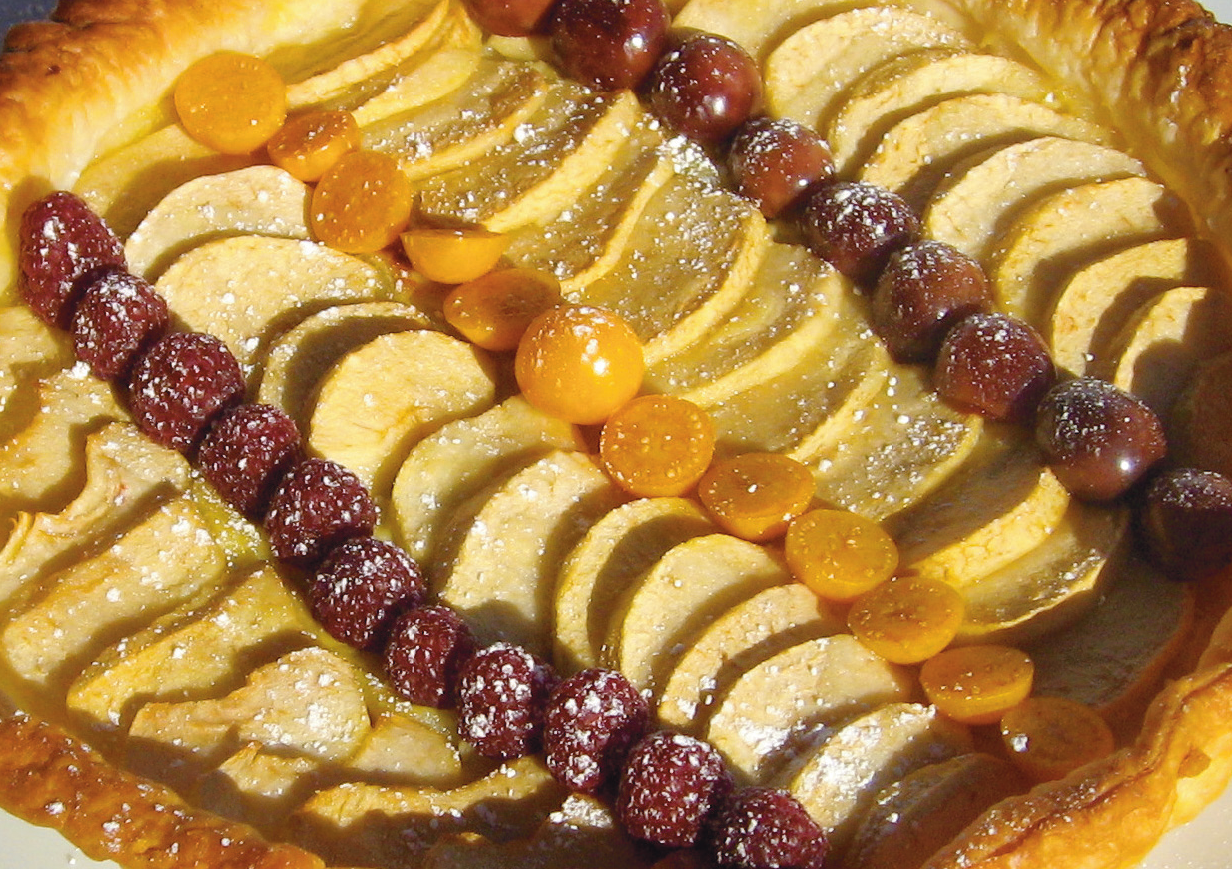 French revolution meets the american revolution instantencore 10 puff pastry with fruit lets just call this the chez chopin version of apple pie the most american of desserts forumfinder Choice Image