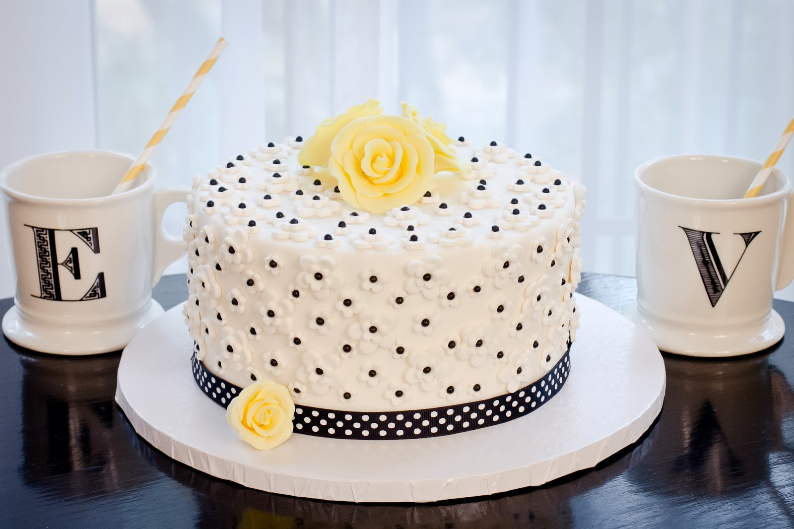 Cake Decorating Kit Of The Month : Kate Landers Events, LLC: DIY Fondant Cake Decorating Kits ...