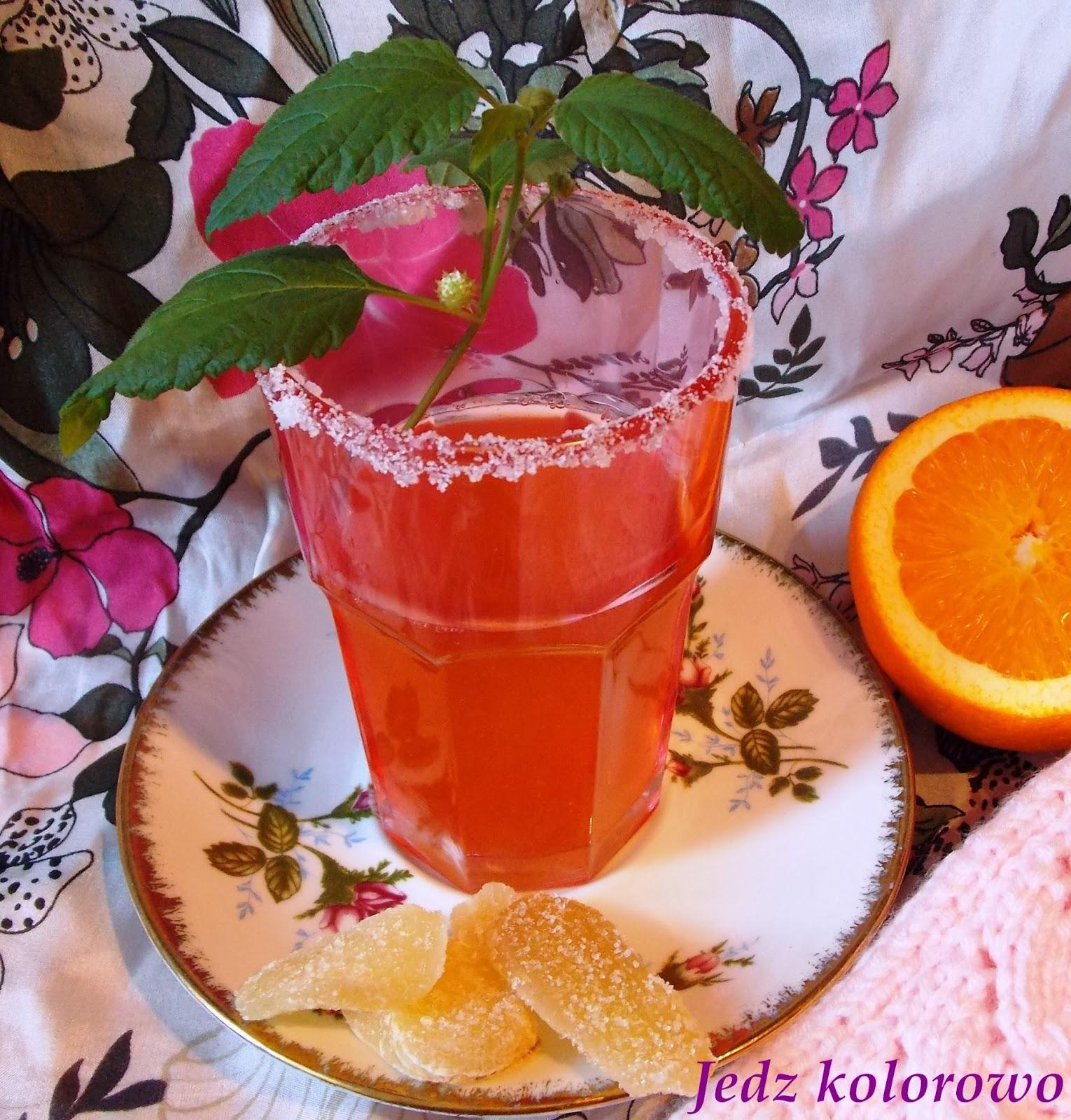 napój imbirowy ze słodkim zielem